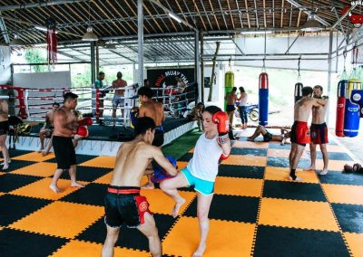 bull-muay-thai-mixed-traning-sessions